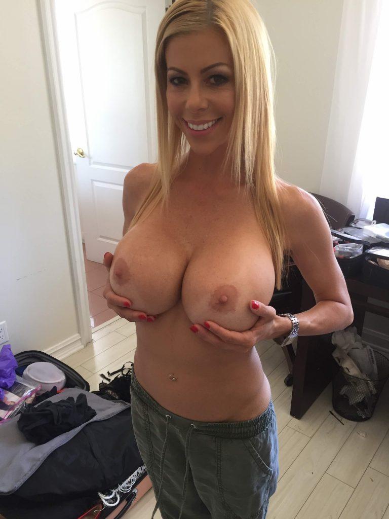 Blonde porn huge tits Blonde Huge Boobs Hq Porn Free Photos