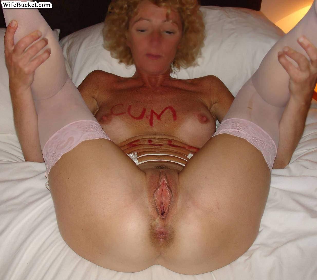 Me your slut wife show showing off