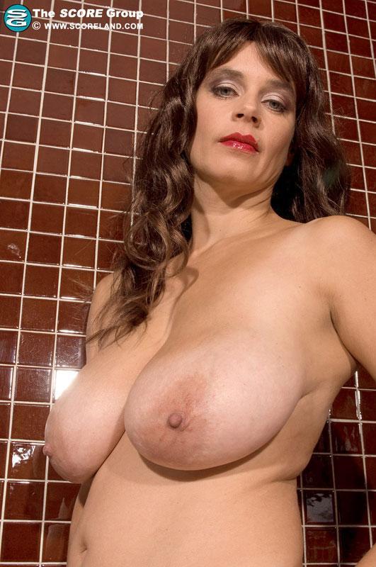 Tina majorino nackt