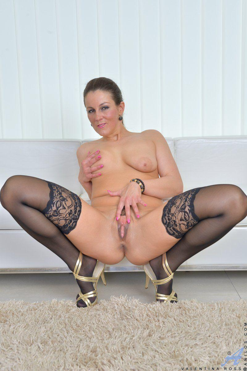 Stockings pussy mature Mature Library