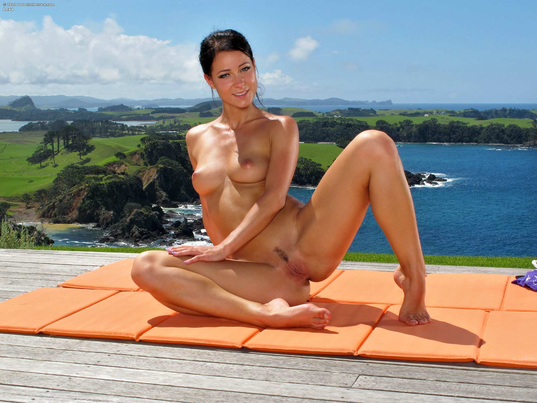 Cayenne reccomend New zealand naked wife