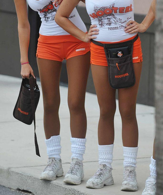 Whirly reccomend Hooters costumes for women